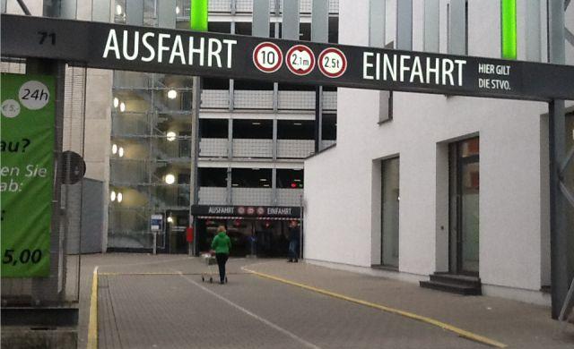 Weihnachtsmarkt Wuppertal öffnungszeiten.Parkhaus Hofaue City Parken In Wuppertal Elberfeld